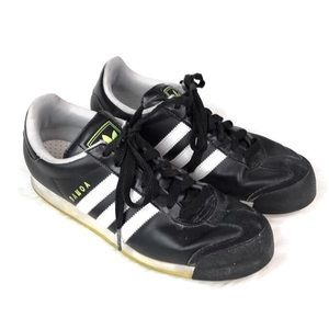 Adidas Samoa men's size 8 black with neon green